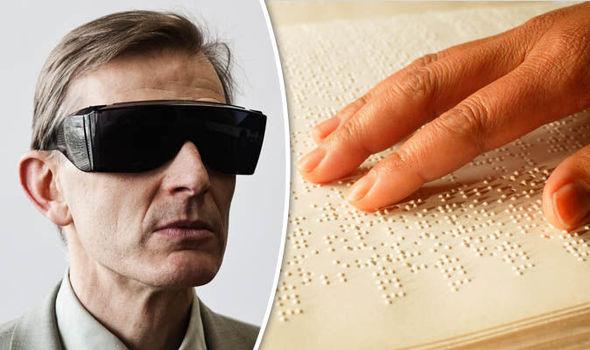 Blind-805338.jpg