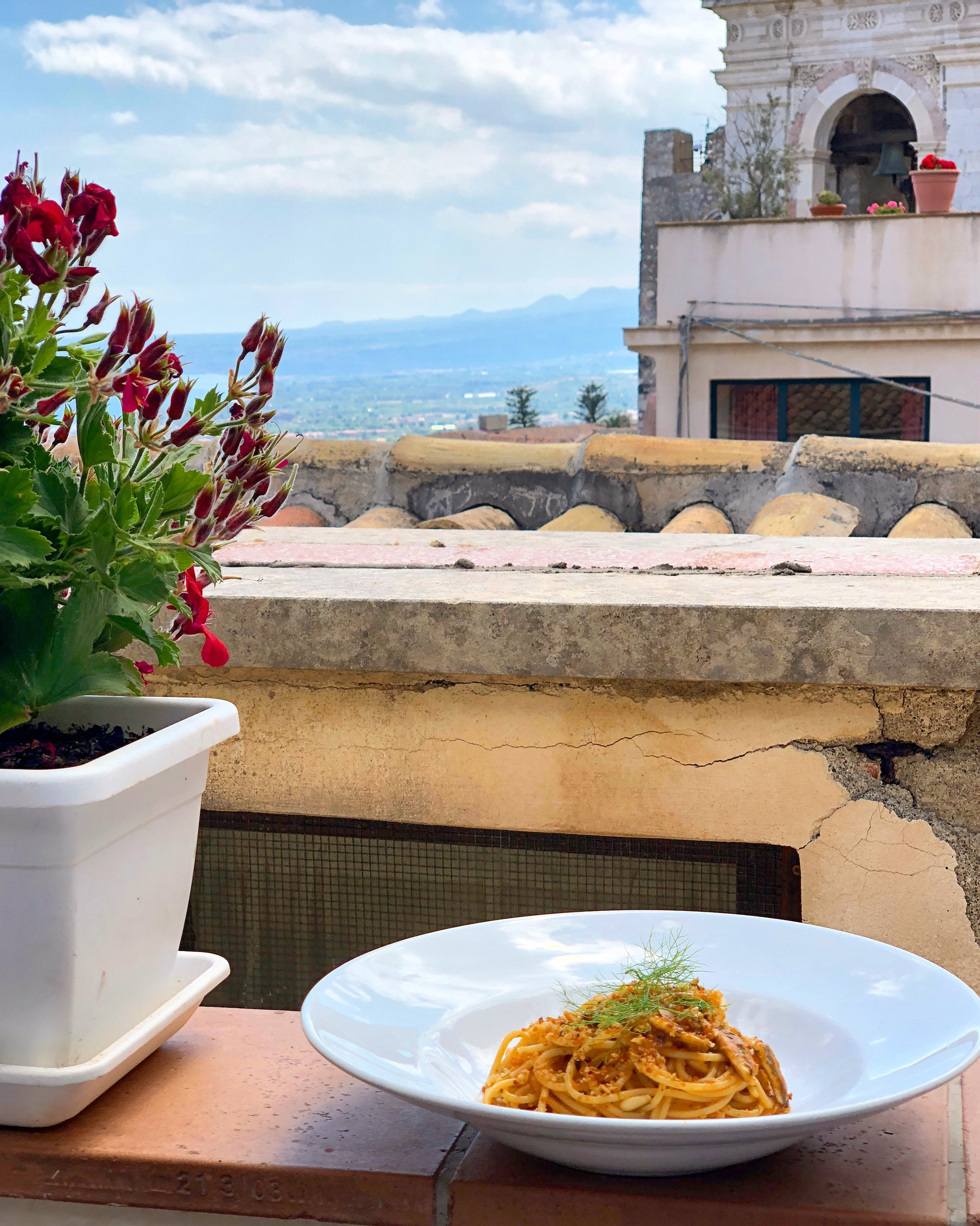 The meal and view from Vicolo Stretto