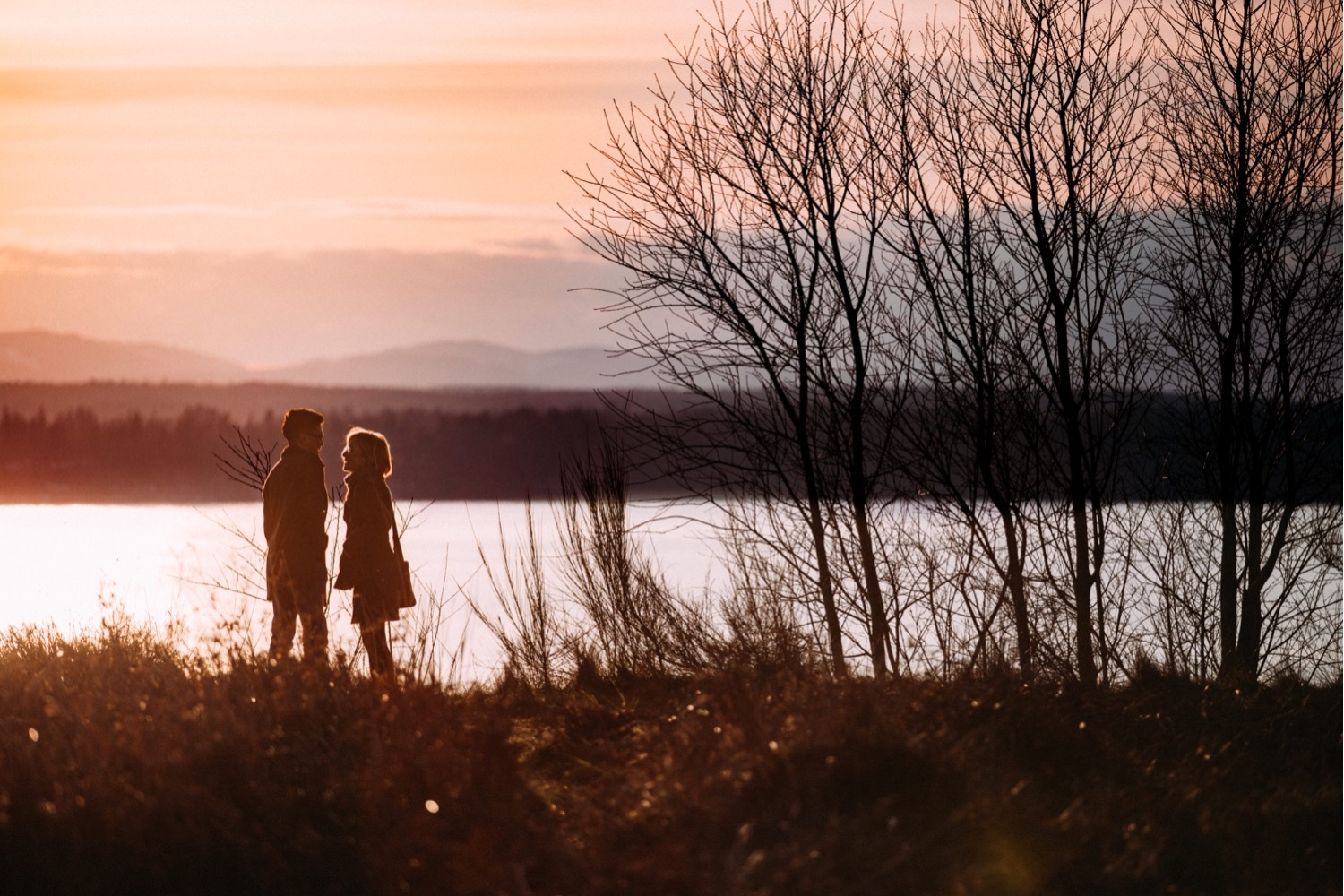 05_MC-8_sunsetproposal_adventure,_adventurous,_discoverypark_zoe_elopement_elopementphotographer_zoeburchardstudio_seattlebride_sunset_burchard_proposal,_seattle_photographer.jpg