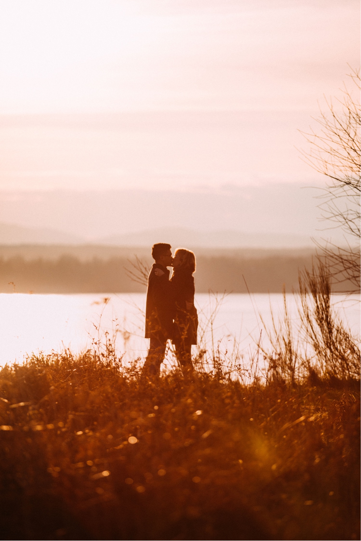 07_MC-21_sunsetproposal_adventure,_adventurous,_discoverypark_zoe_elopement_elopementphotographer_zoeburchardstudio_seattlebride_sunset_burchard_proposal,_seattle_photographer.jpg