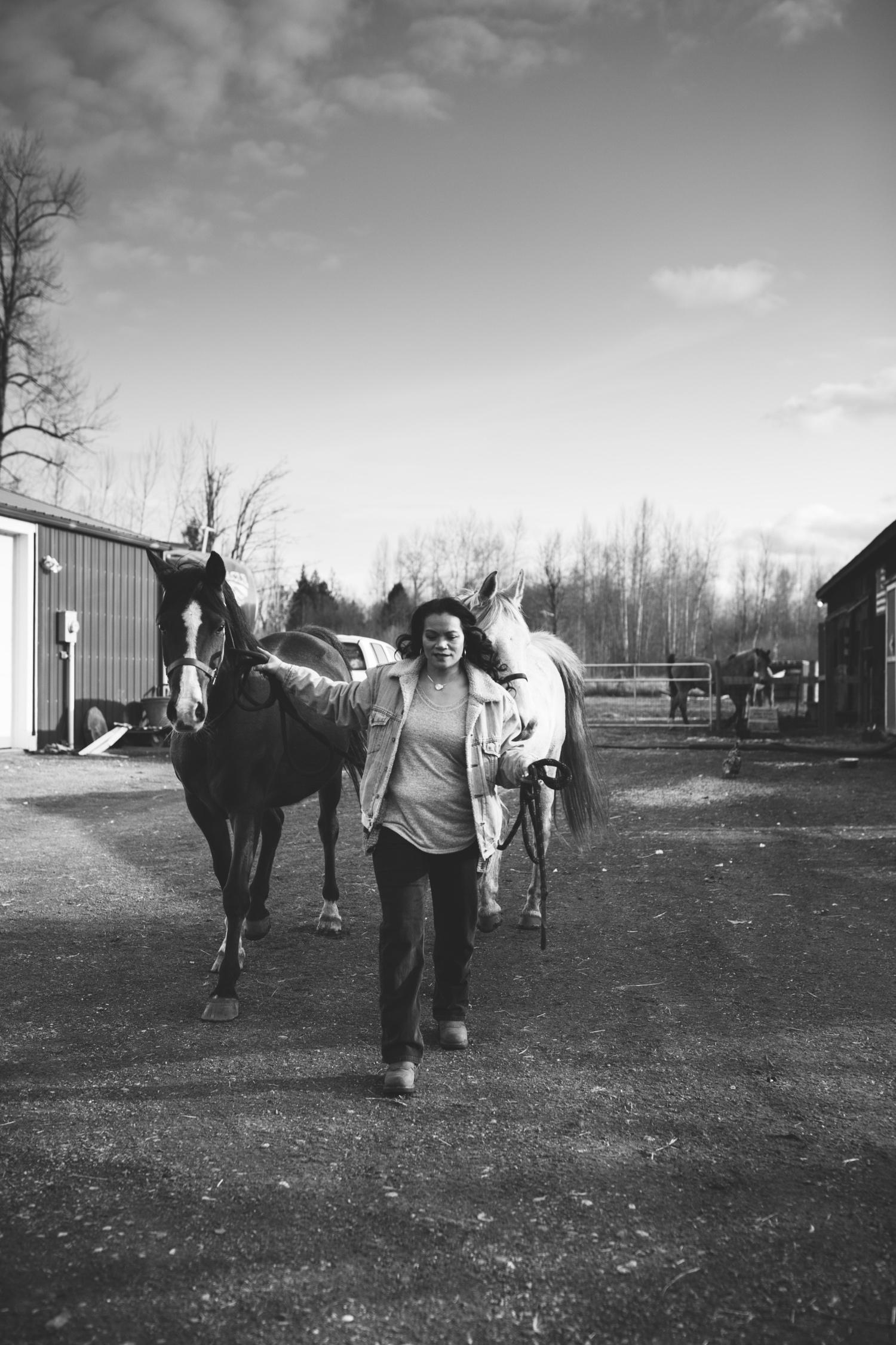 09_WD-29_lesbianwedding_farm_intimatewedding_lifestyle_goats_zoeburchardstudio_lgbtq_anniversary_lesbian_elopementphotographer_zoeburchard_farmsession_chickens_inhomesession_field_horses_farmfresh.jpg