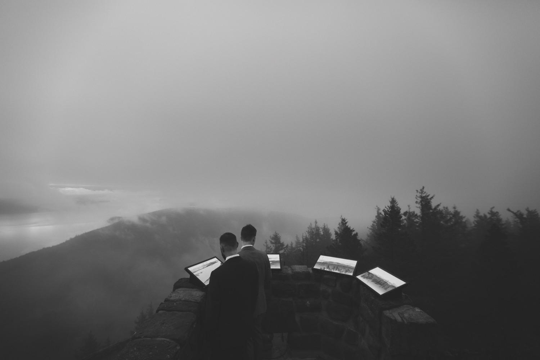 65_cjwed-301_rainywedding_gay_zoeburchard_washingtonelopement_elopement_zoeburchardstudio_forest_cabin_washington_cabinelopement_cliff_elopementphotographer_gayelopement_gayweddingphotographer_foggy_fog_loveislove_gaywedding_mountain_rainyelopement.jpg