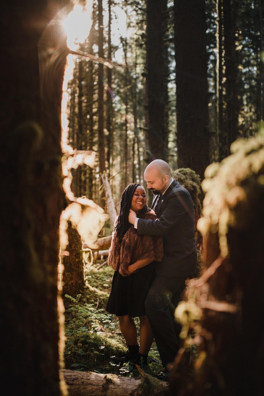 20_cp-160_elopementphotographer_zoeburchard_zoeburchardstudio_hohrainforest_engagement_wedding.jpg