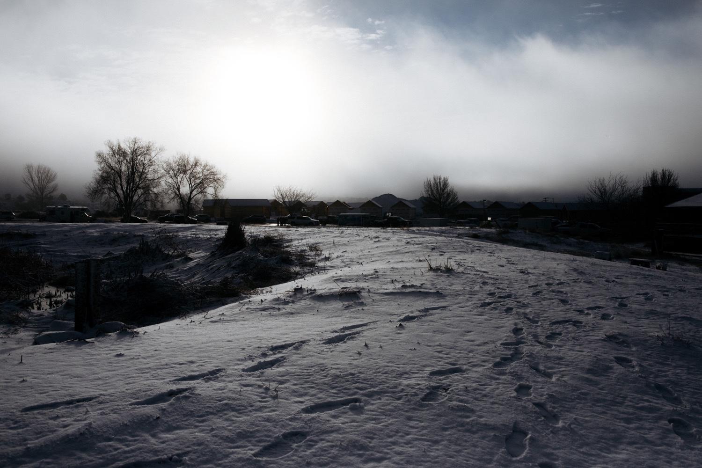 21_winter_desert_snow_zoeburchardstudio_utah_zoeburchard_elopement_redrocks_elopementphotographer.jpg