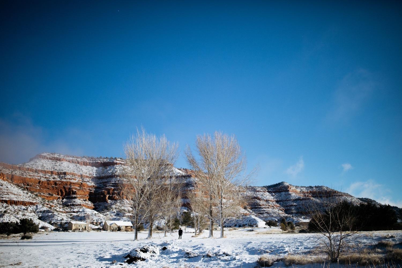 30_winter_desert_snow_zoeburchardstudio_utah_zoeburchard_elopement_redrocks_elopementphotographer.jpg