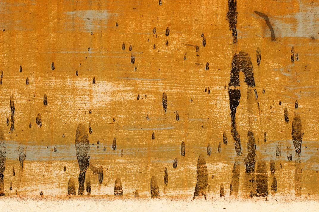 Abstract-Traces-Fading-Drea.jpg