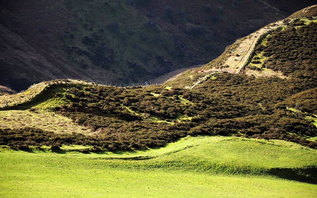 Wales-rolling-hills-11.jpg