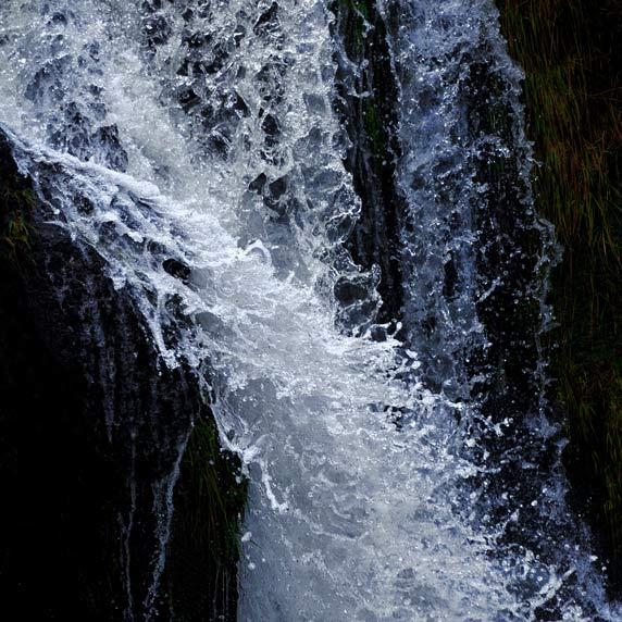 Wales-waterfall-1010.jpg