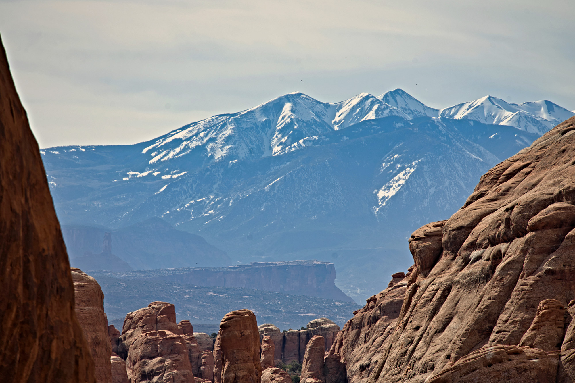 arches-mountains-s-w.jpg