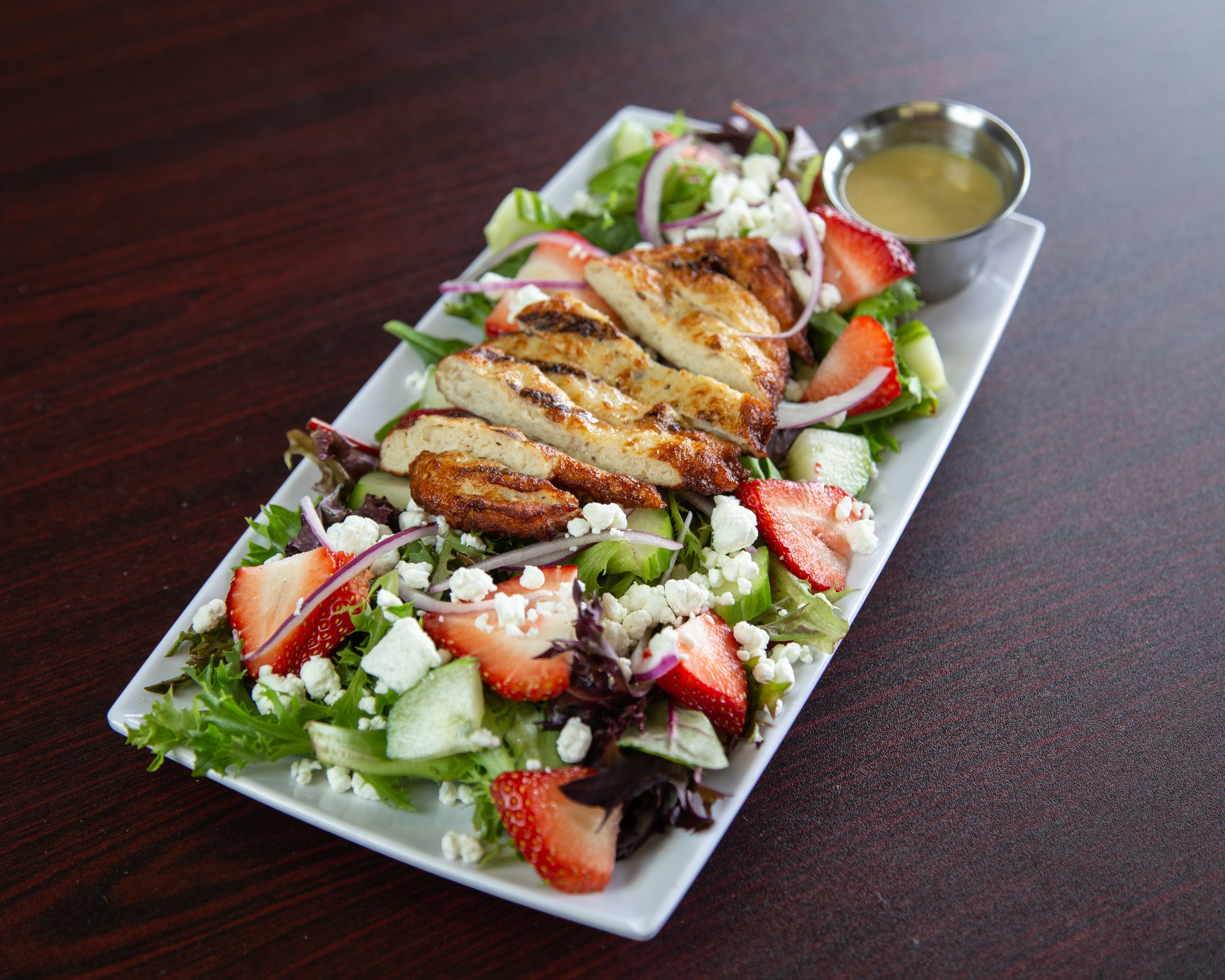Chicken-Salad-Berry-Spring -T&E Catering-Restaraunt-Food-Styling