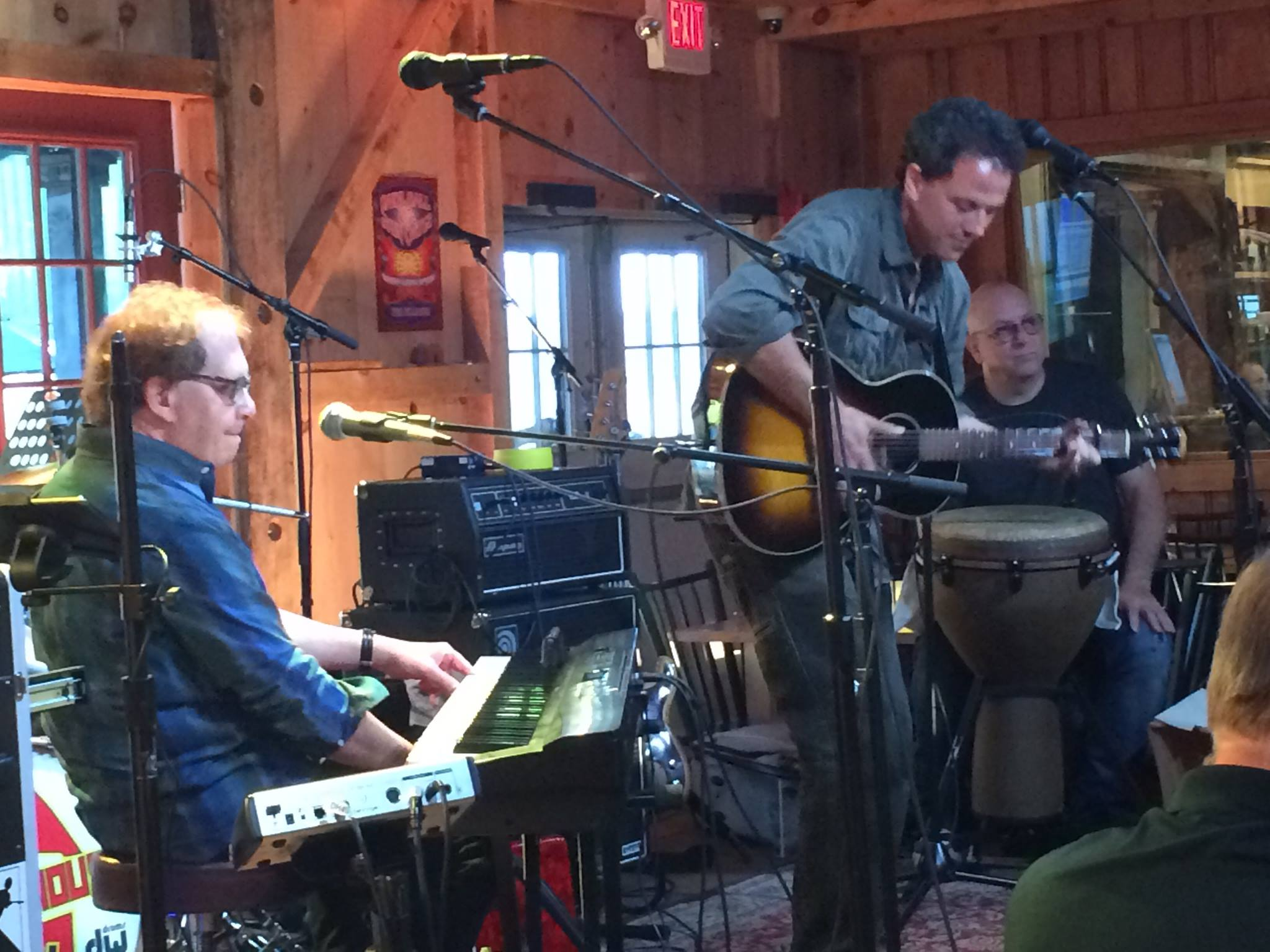 Matt Gary and Joe Bonnadio at Daryl's House.jpg