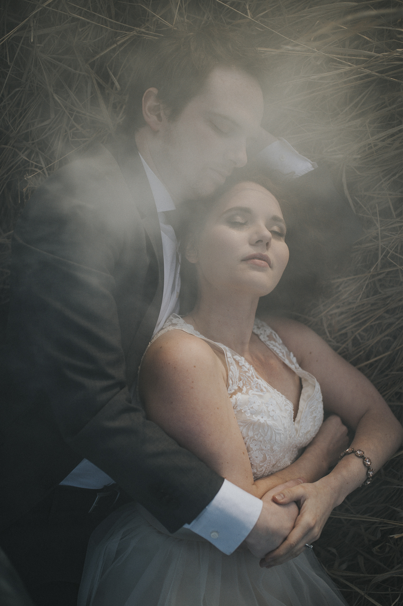 Wedding Smoke Bride Groom