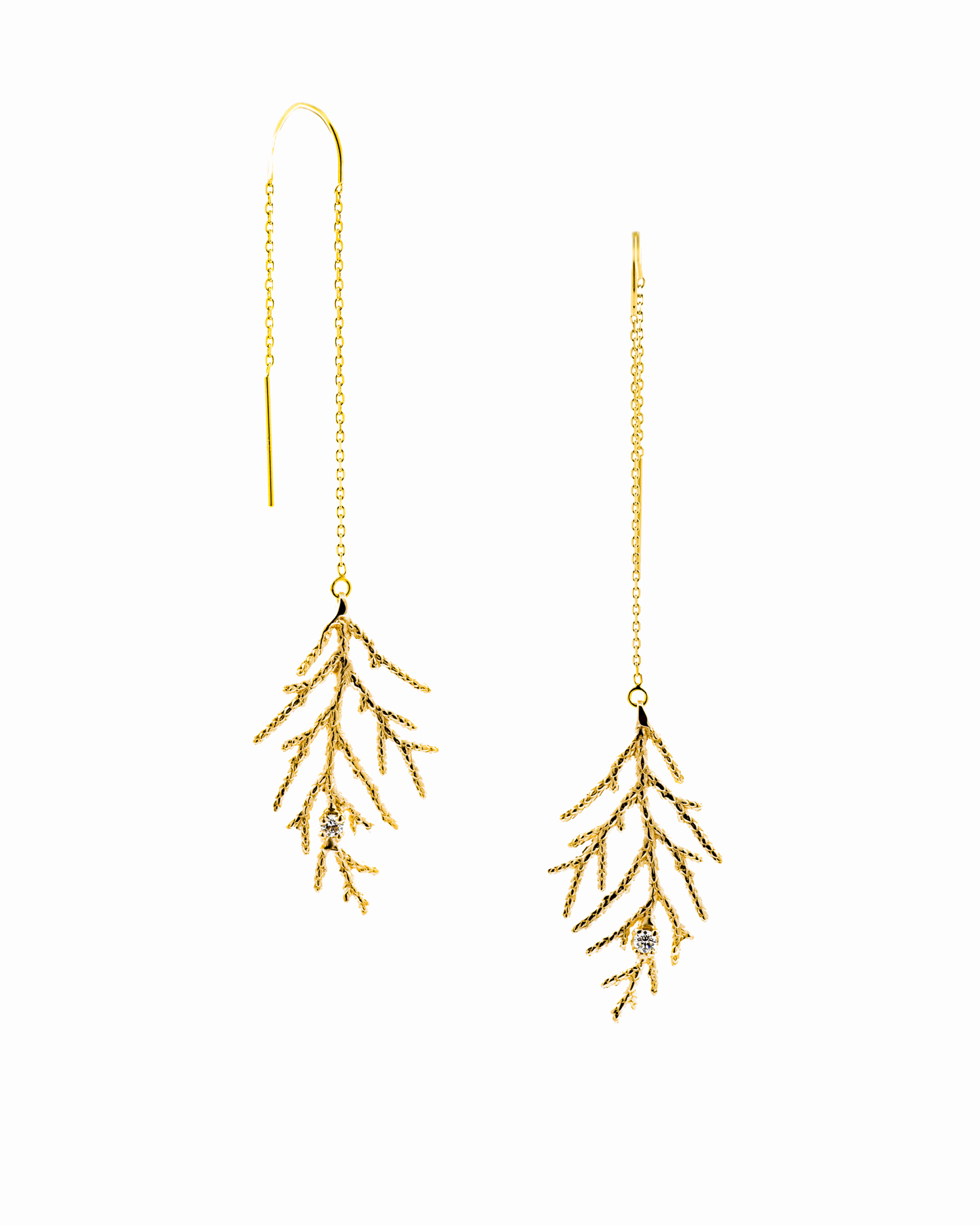 Winter Earrings; Yellow gold, white diamonds.