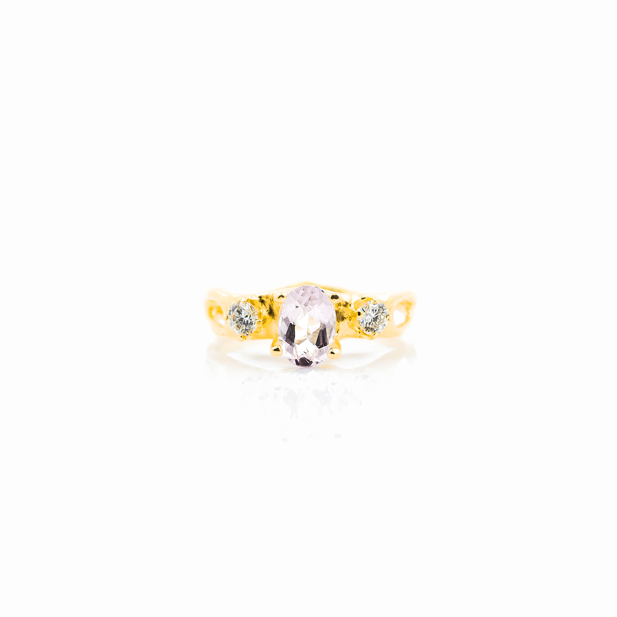 Unfolding Engagement Ring   18ct yellow gold, morganite, white diamonds