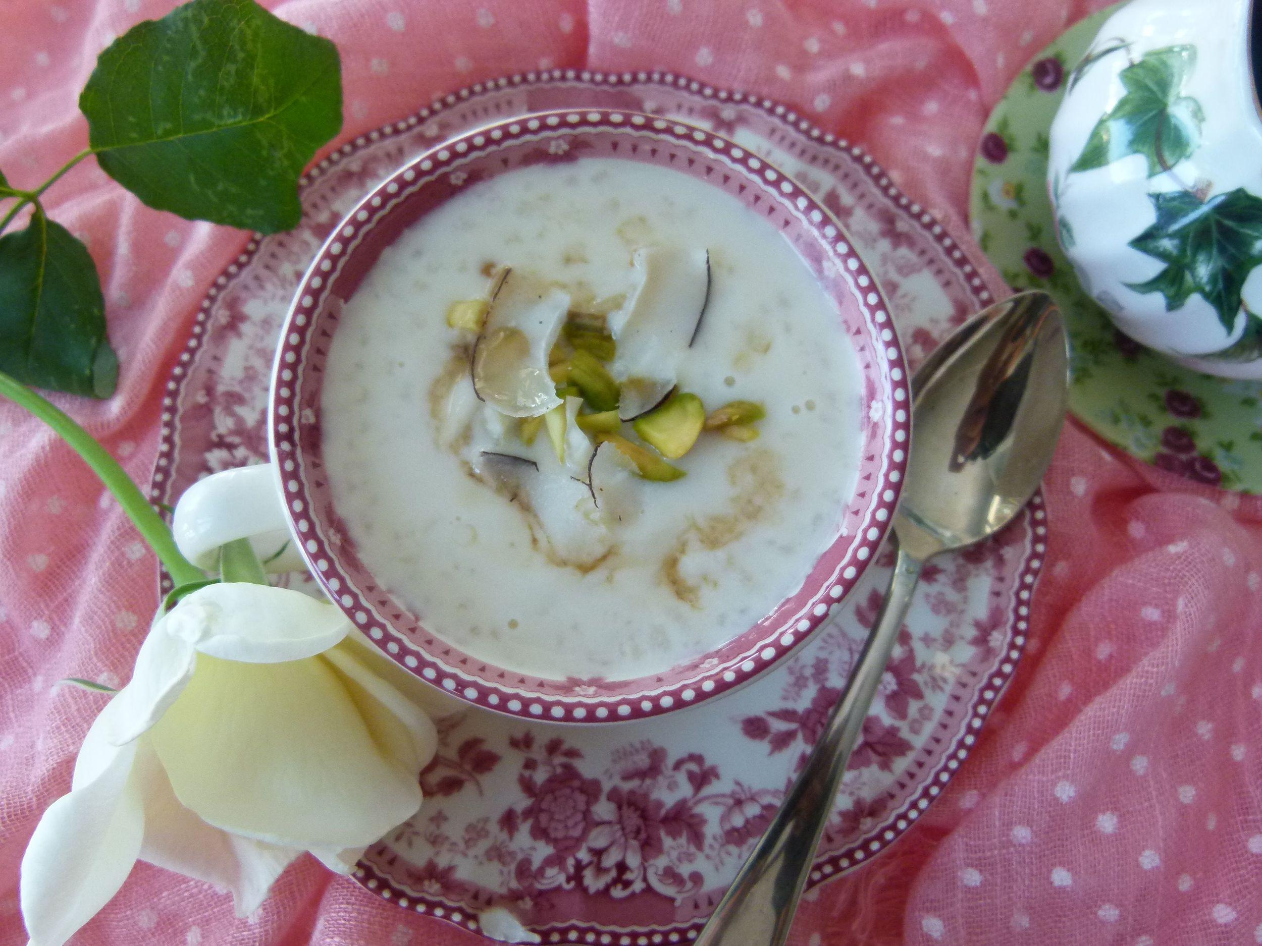 Kheer, arroz con leche con sirope de cardamomo