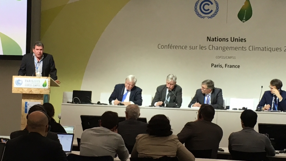Rowan asking Kevin Rudd a question at COP21 in Paris