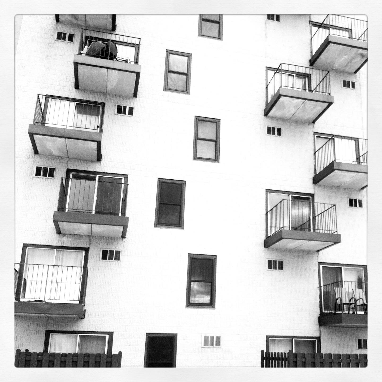 Nikki Santavy Instagram   Tony Kubat Photography