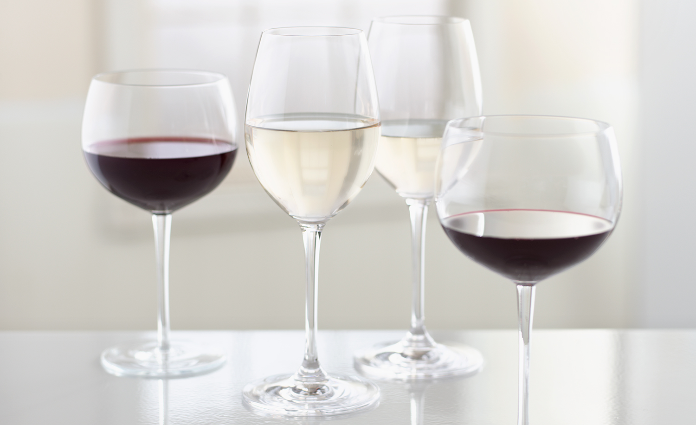 Red and White Wine |  Tony Kubat Photography