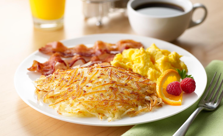 Hashbrowns With Eggs And Bacon | Tony Kubat Photography