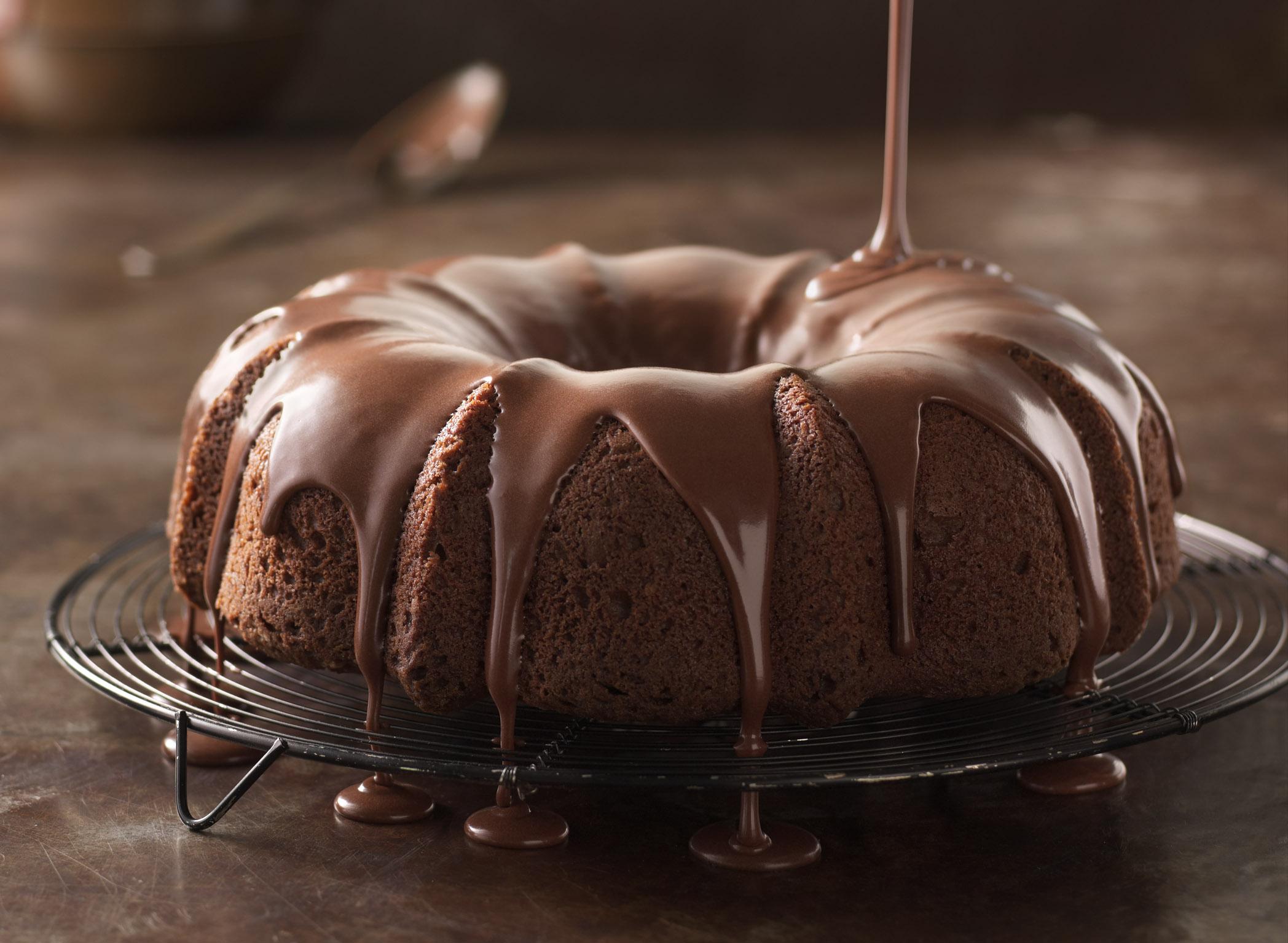 Bundt Cake After | Tony Kubat Photography