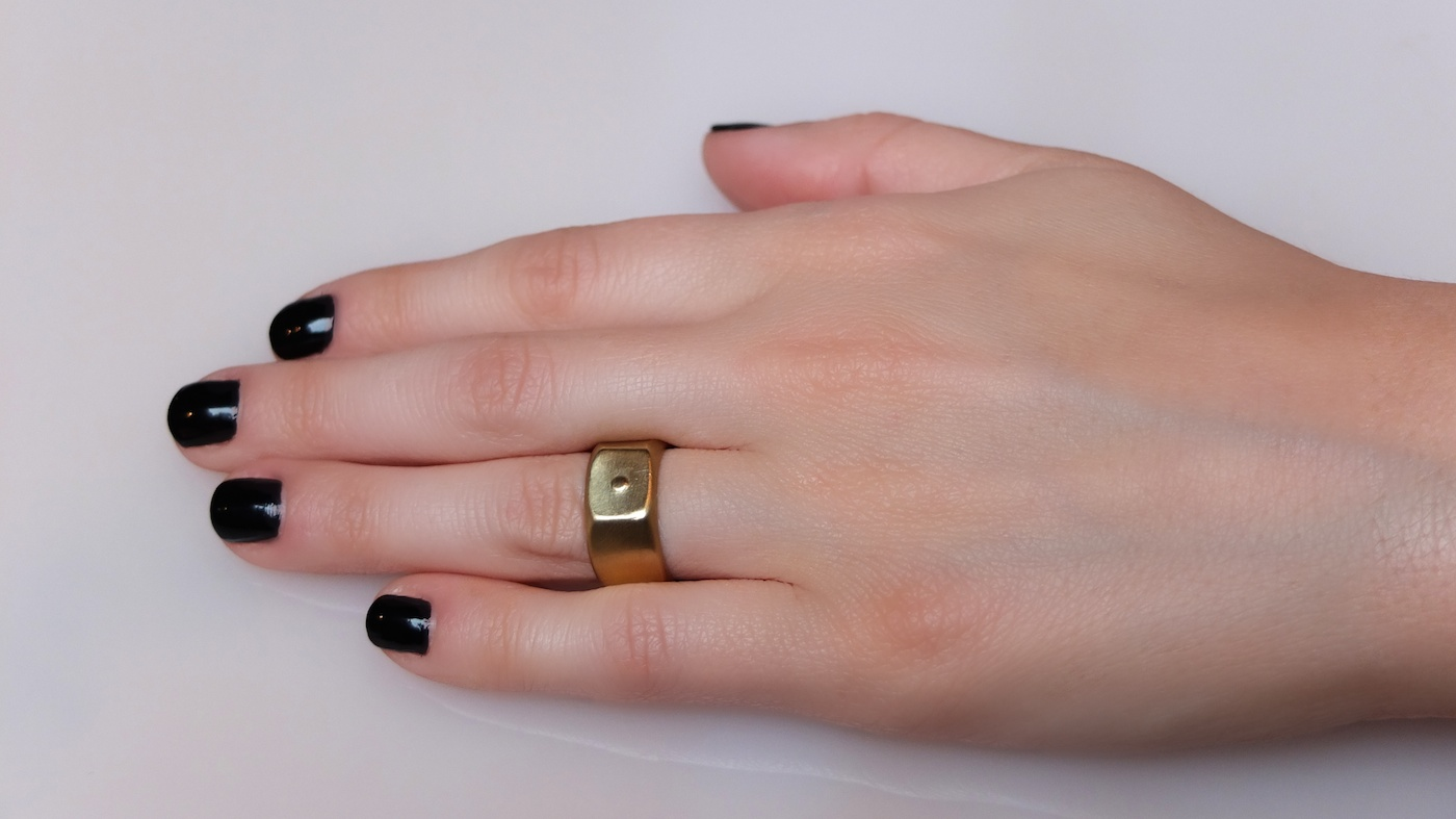 Womens Nut Ring