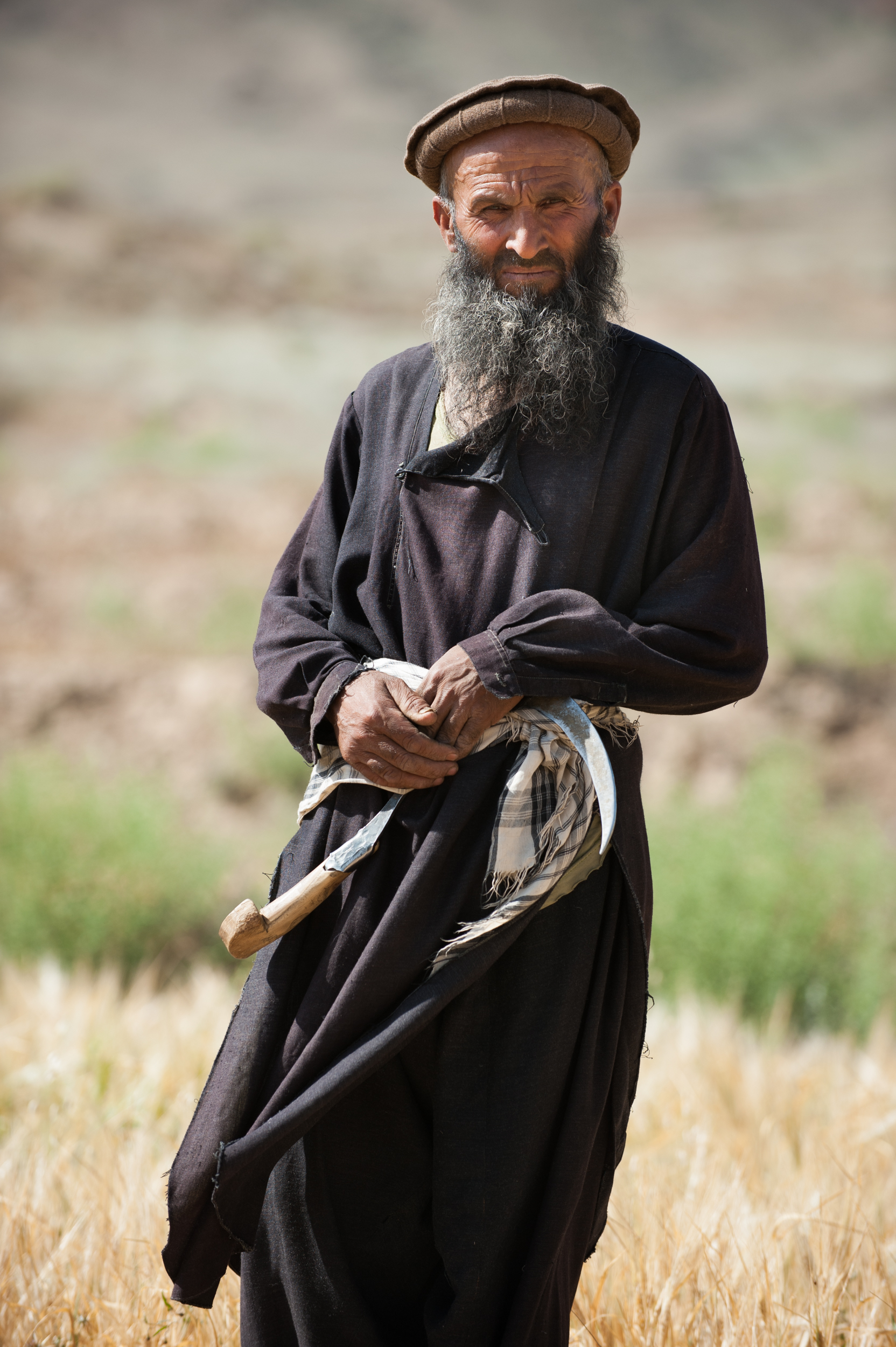 Wheat farmer in the Panjshir Valley _DSC6328.jpg