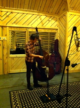 Greg Chudzik  double bass