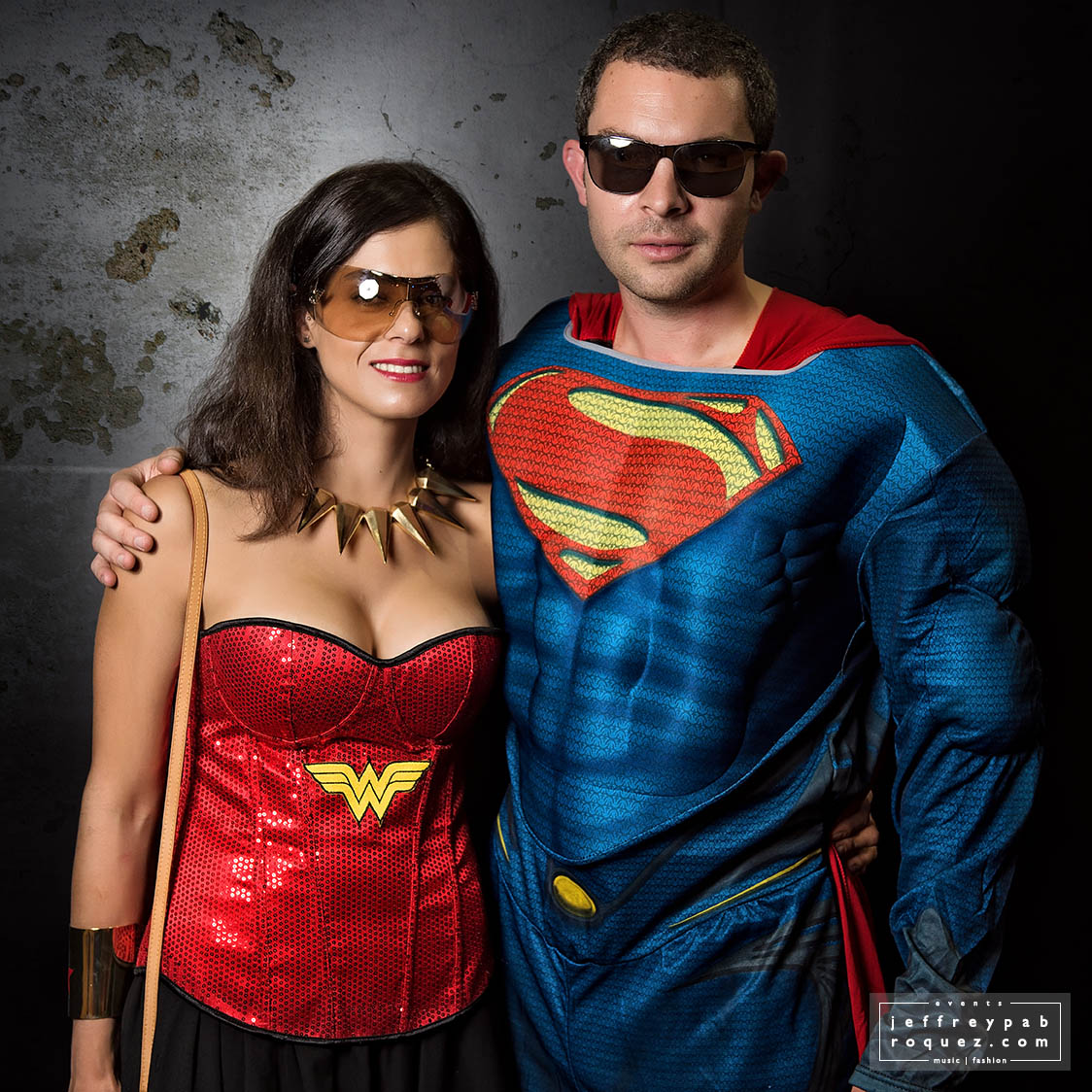 Superman & Wonderwoman