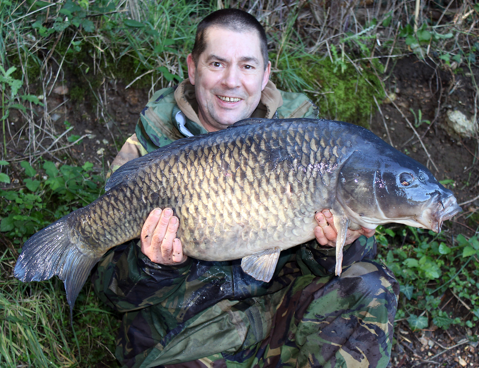 Top angling from Gary, a cracking 24lb common from our club water