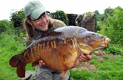 End of the chase, Martin with the big mirror