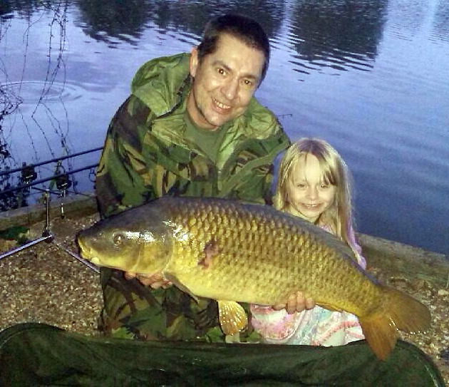 While I'm away Gary lands a nice common, which inpresses his daughter