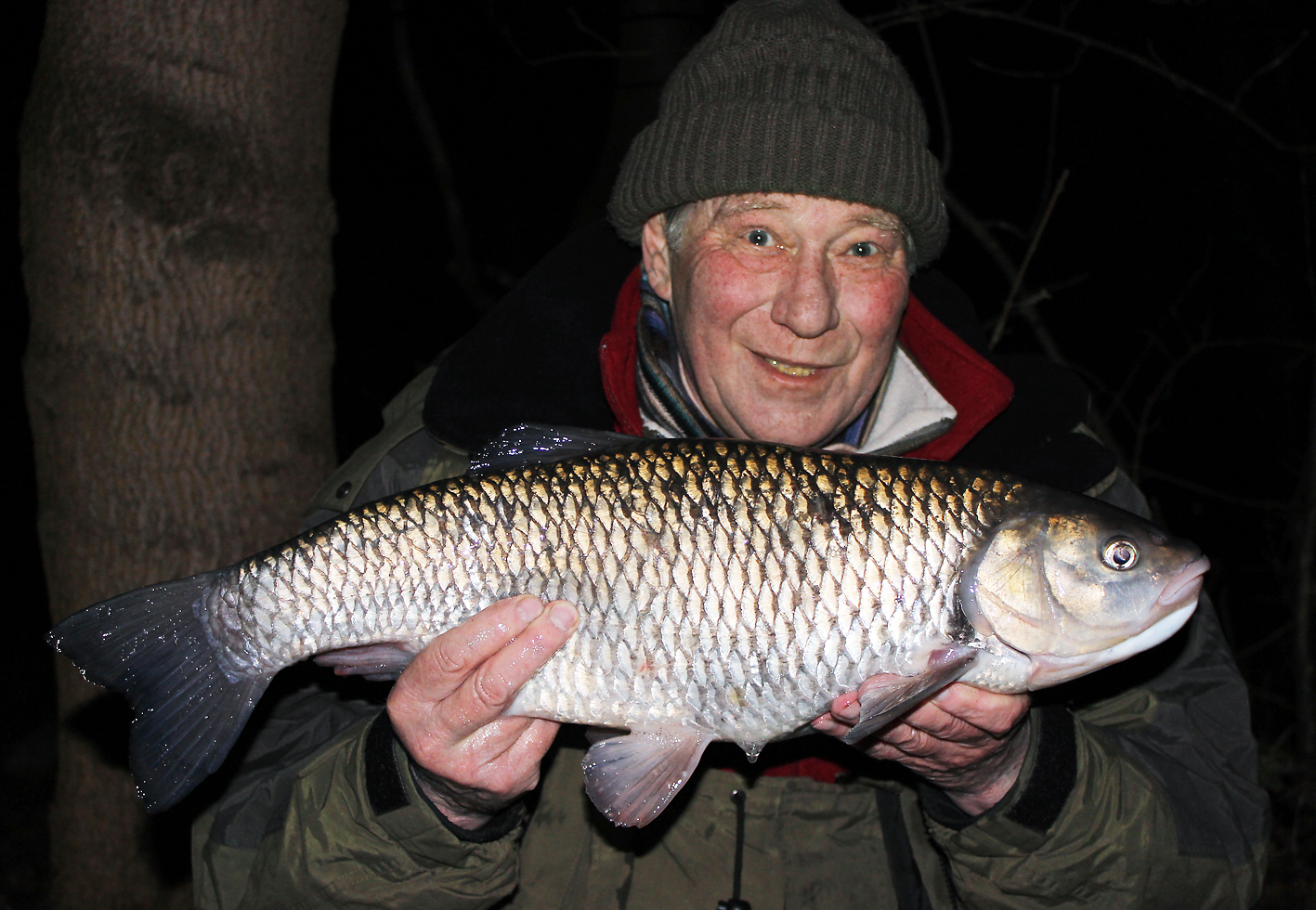 Another '7' to add to Bob's impressive list of Lea chub captures
