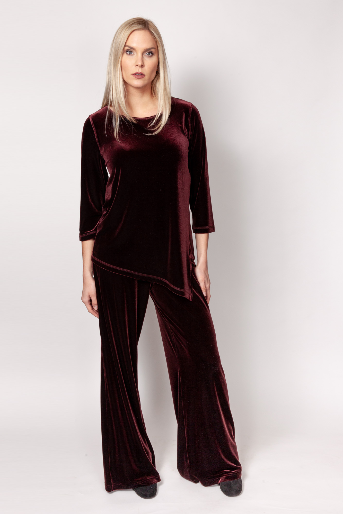Copy of Style # 11503-19, p15 <br/>Pant 11500-19 <br/>PlushTech Velvet <br/>Colors: Raisin + 6 others