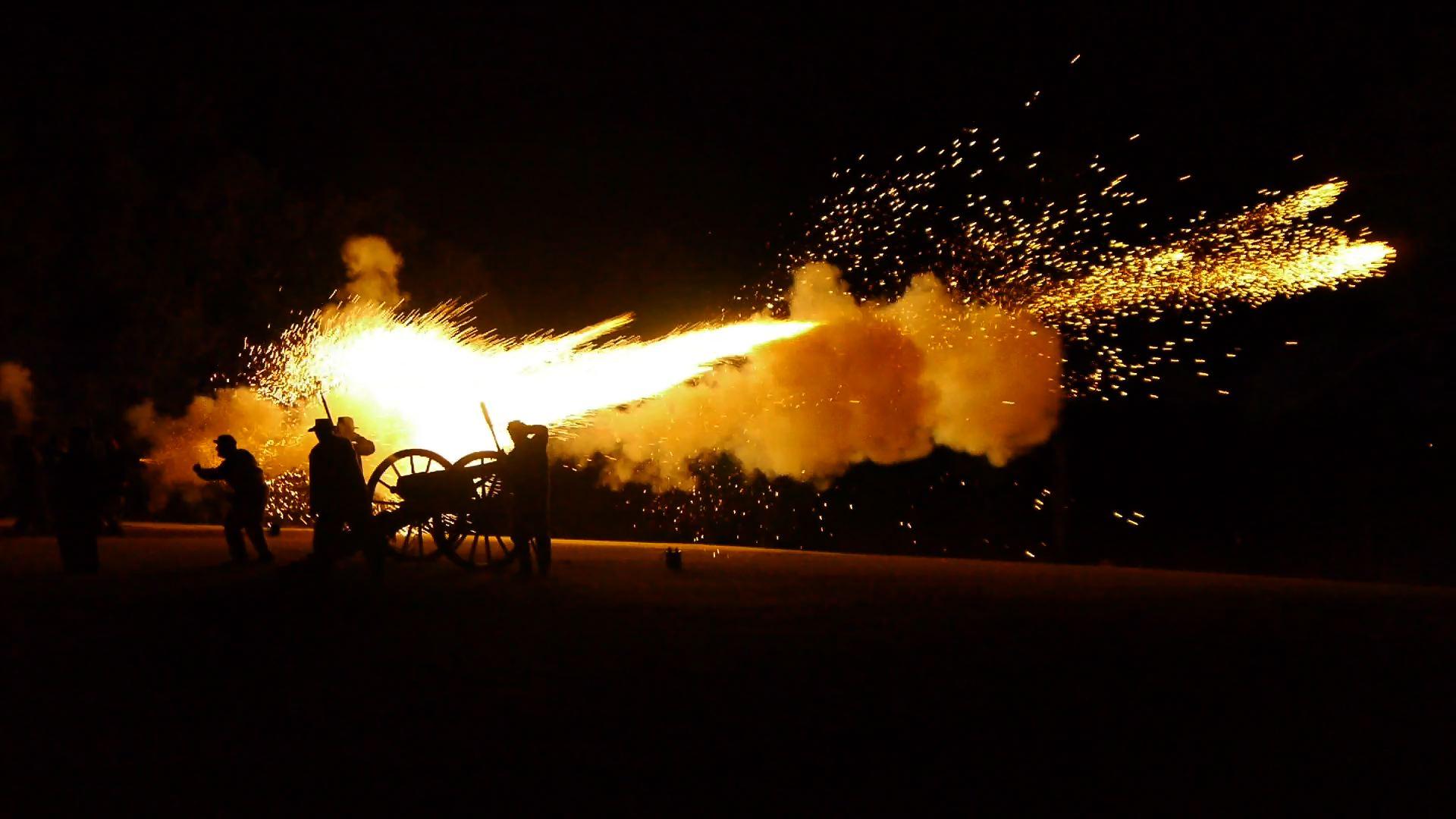 12darien_cannonfire3.jpg