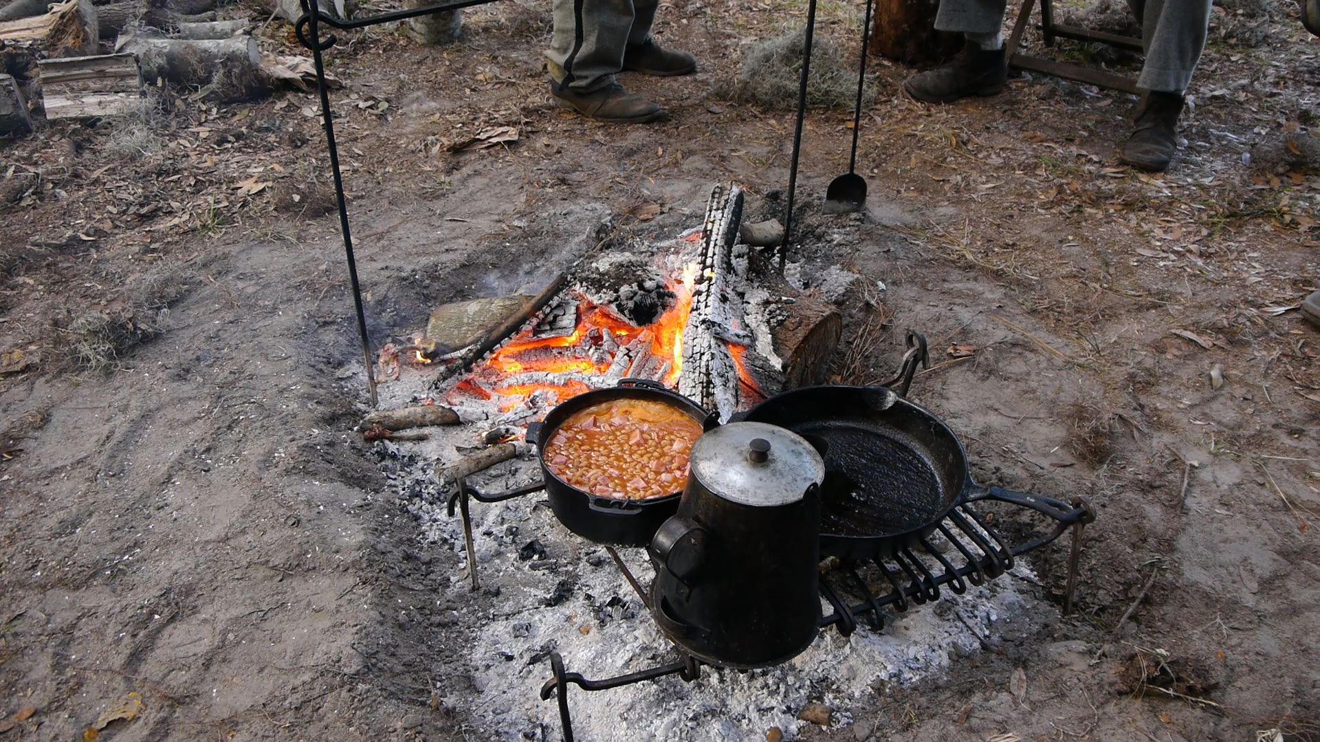 12darien_livinghistory_food.jpg