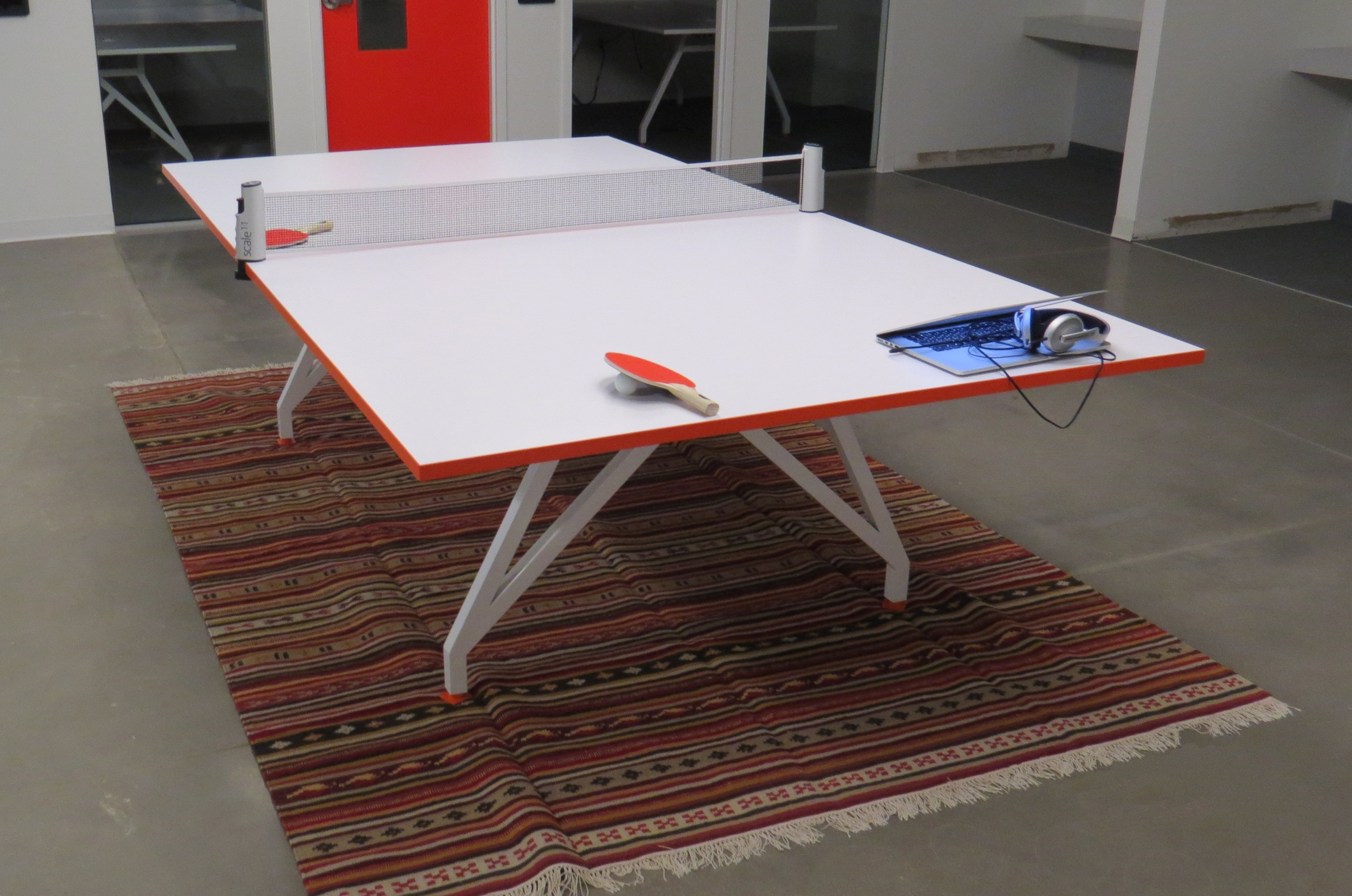 EYHOV Sport Folding Conference Mobile WhIte Ping Pong Table