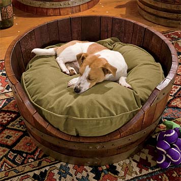 winebarrelldogbed.jpg