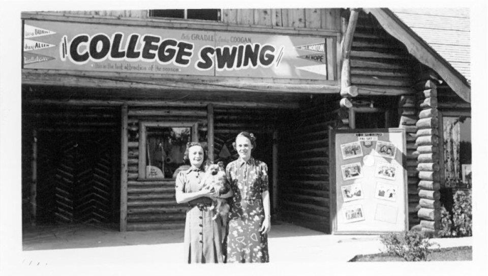 College Swing (1938)