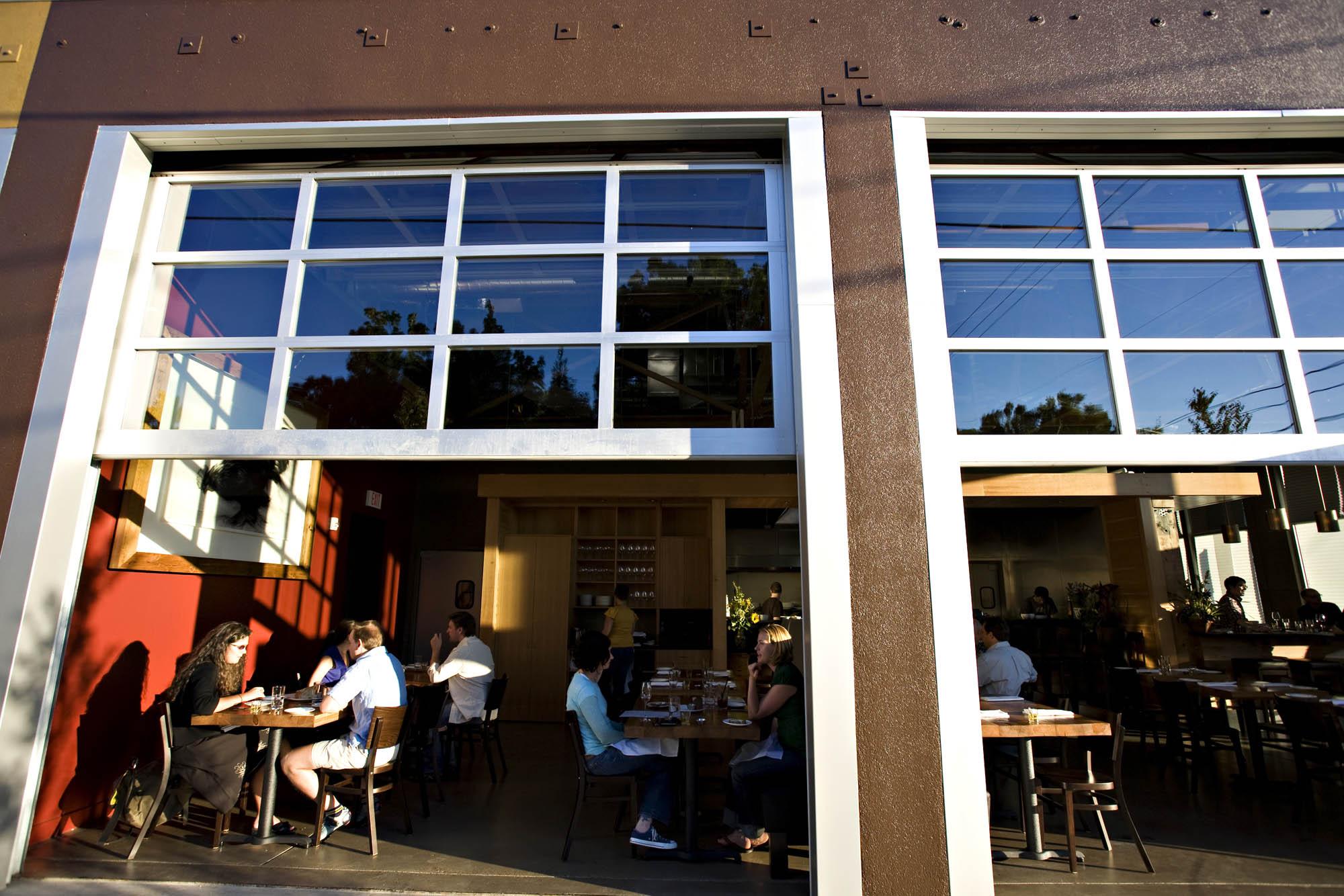 Lincoln Restaurant| Photo Credit: David Welch