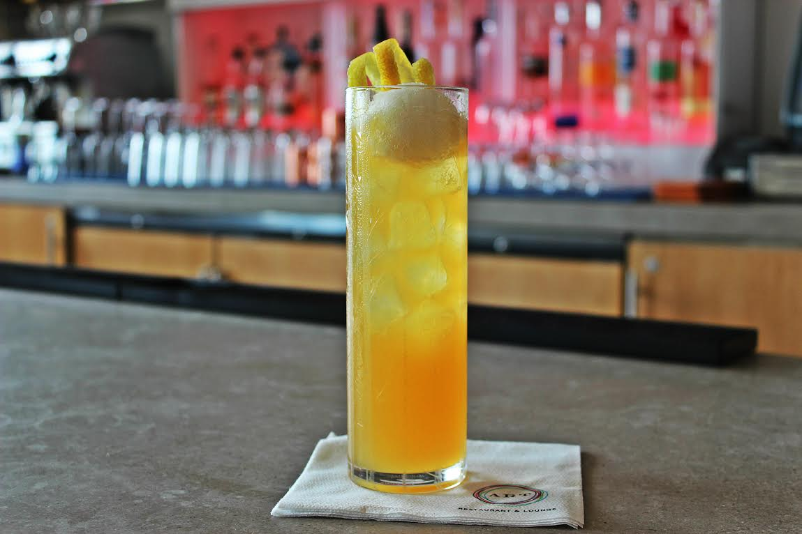 """""""100 Mile Cocktail"""" at ART Restaurant and Lounge in the Four Seasons Hotel, Seattle  