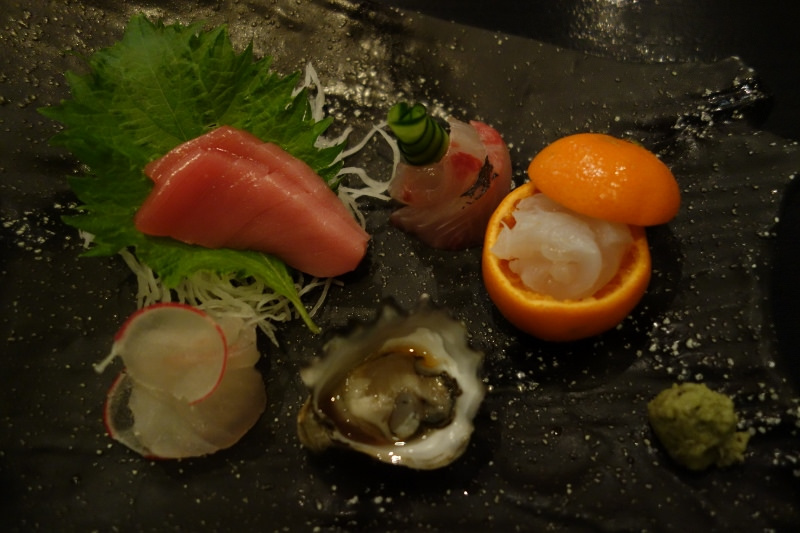 Bluefin Tuna Chu Toro, Halibut, Kampachi, Maine Lobster, and Kumamoto Oyster Sashimi at n/naka | FOODABLE WEBTV NETWORK