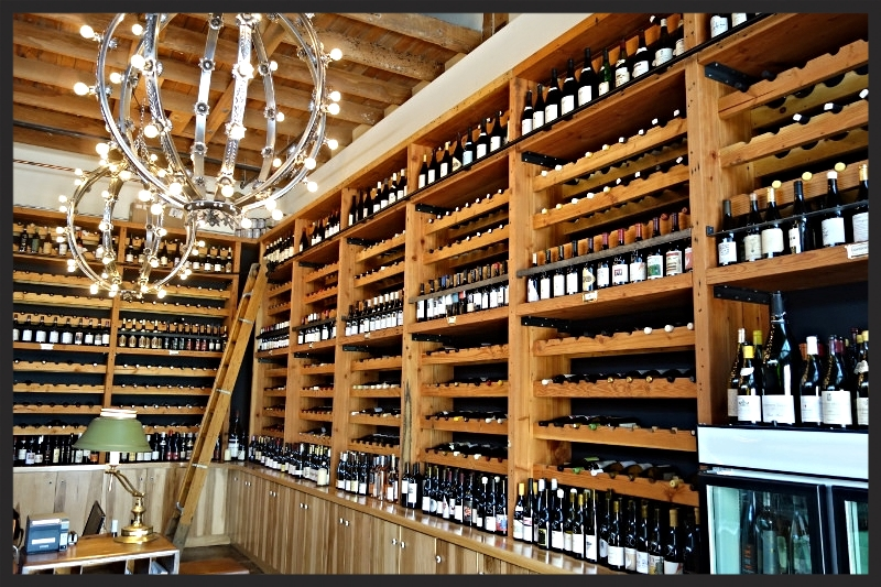 Wine Selection at Les Marchands Wine Bar  | Foodable Network
