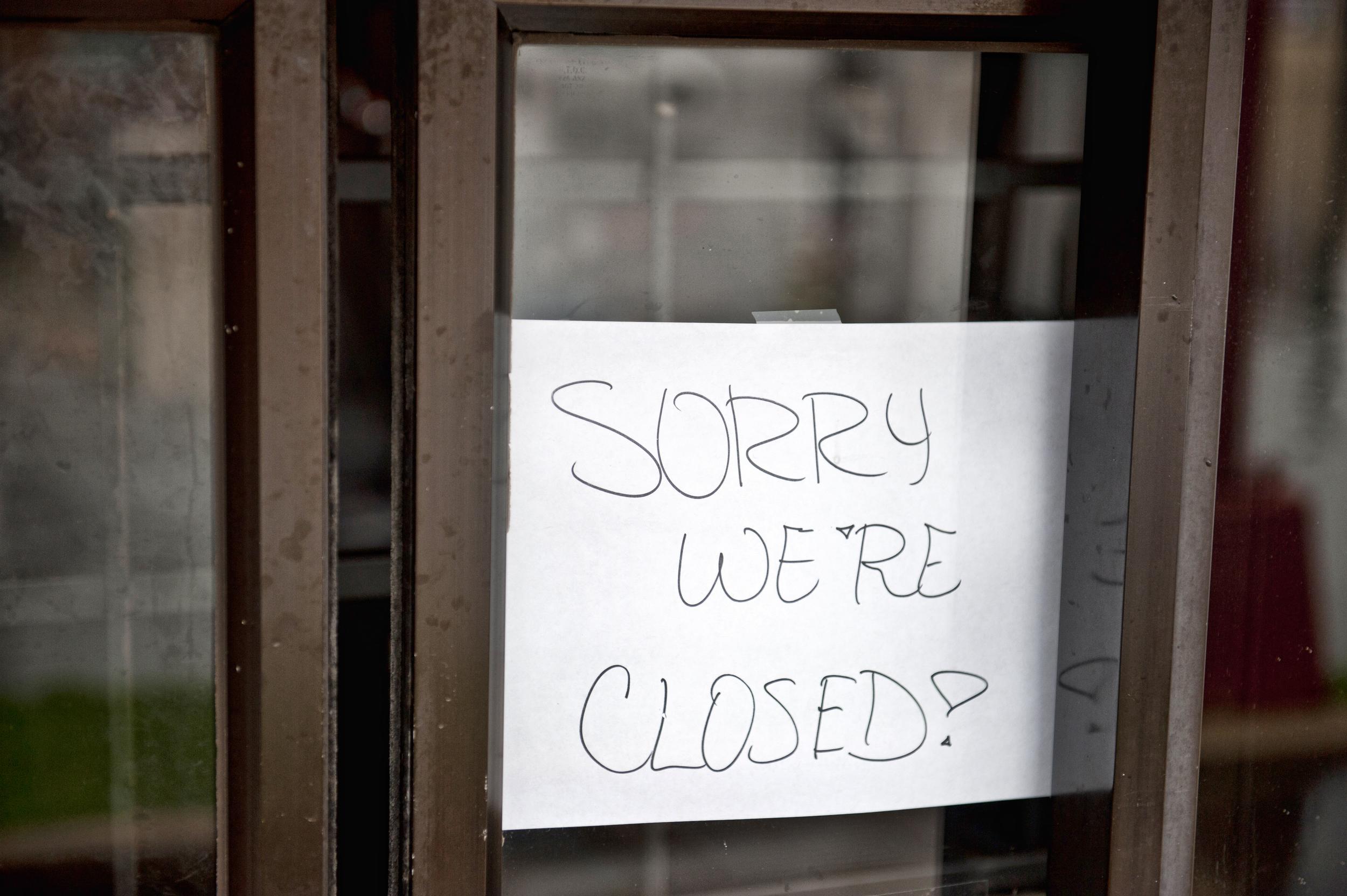 Restaurant Closed Sign