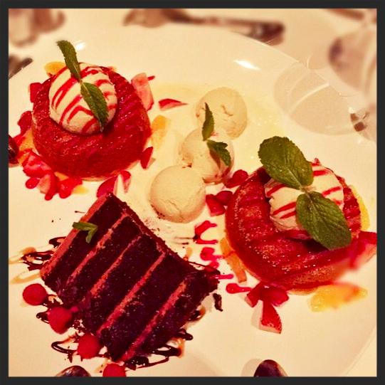 Dessert from Mastro's Steakhouse  | IG @lostonthebeach
