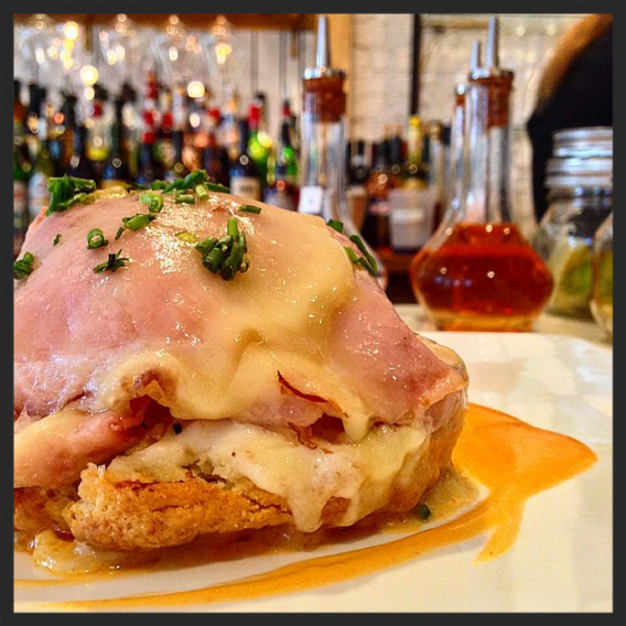 A Croque Benedict at Salon by Sucré  | Instagram @salonbysucre