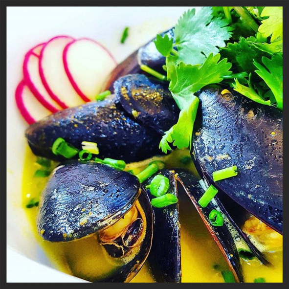 Curry Mussels at PDR in St. Roch Market  | Instagram @yuedazhi