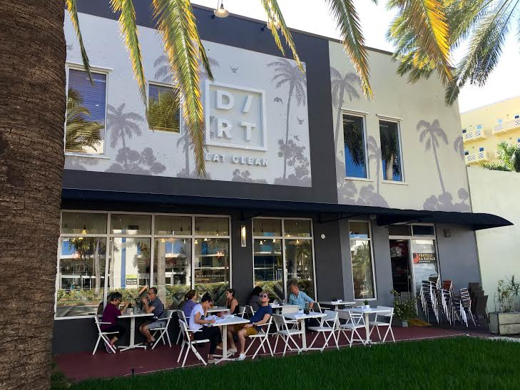 Dirt's exterior with outside seating  | Kerri Adams for Foodable WebTV Network