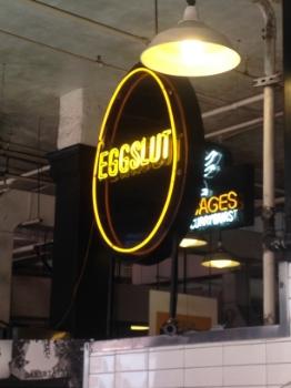 Grand Central Market's Eggslut    Courtney Walsh for FoodableTV