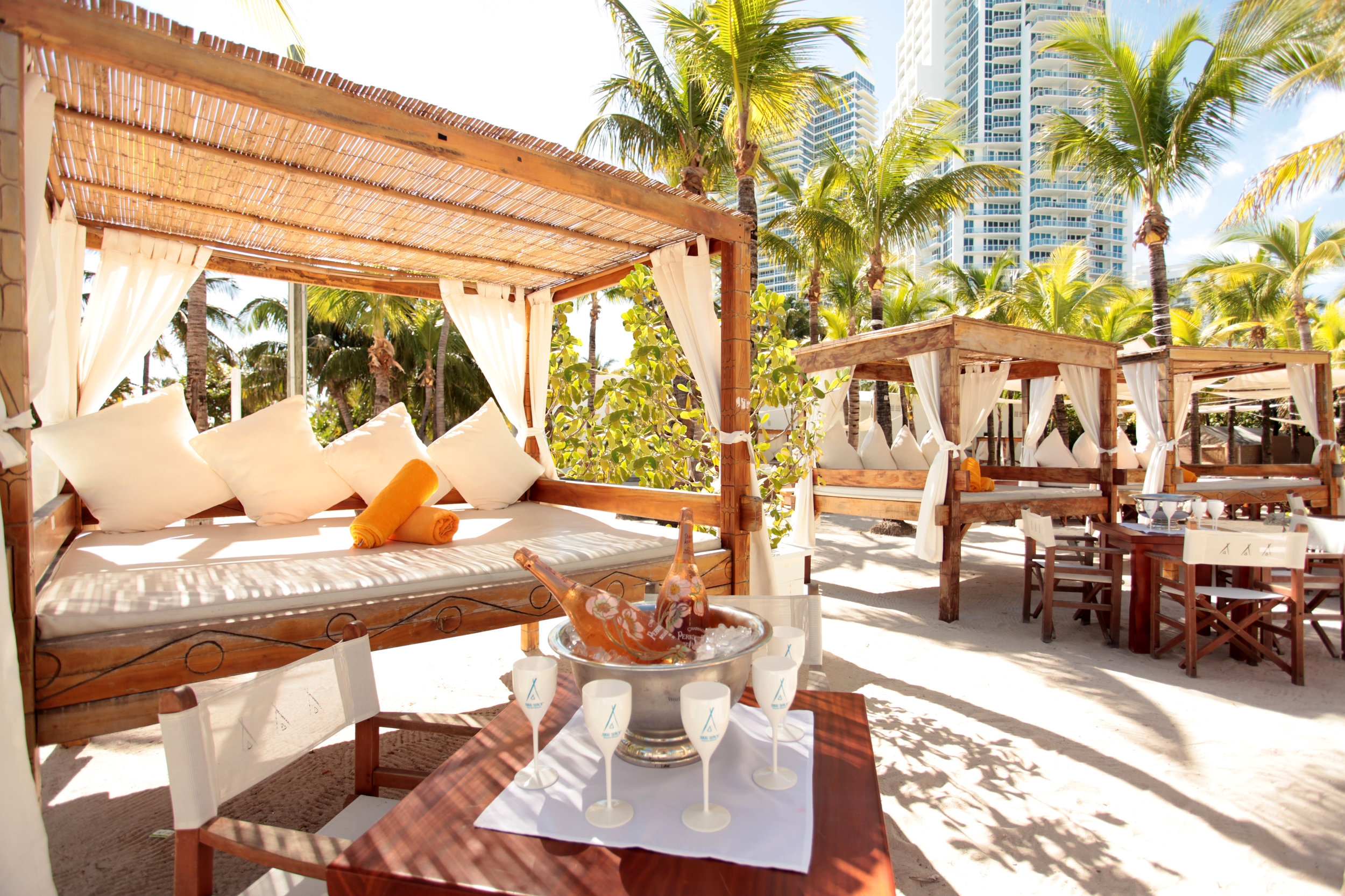 Nikki Beach Daybeds