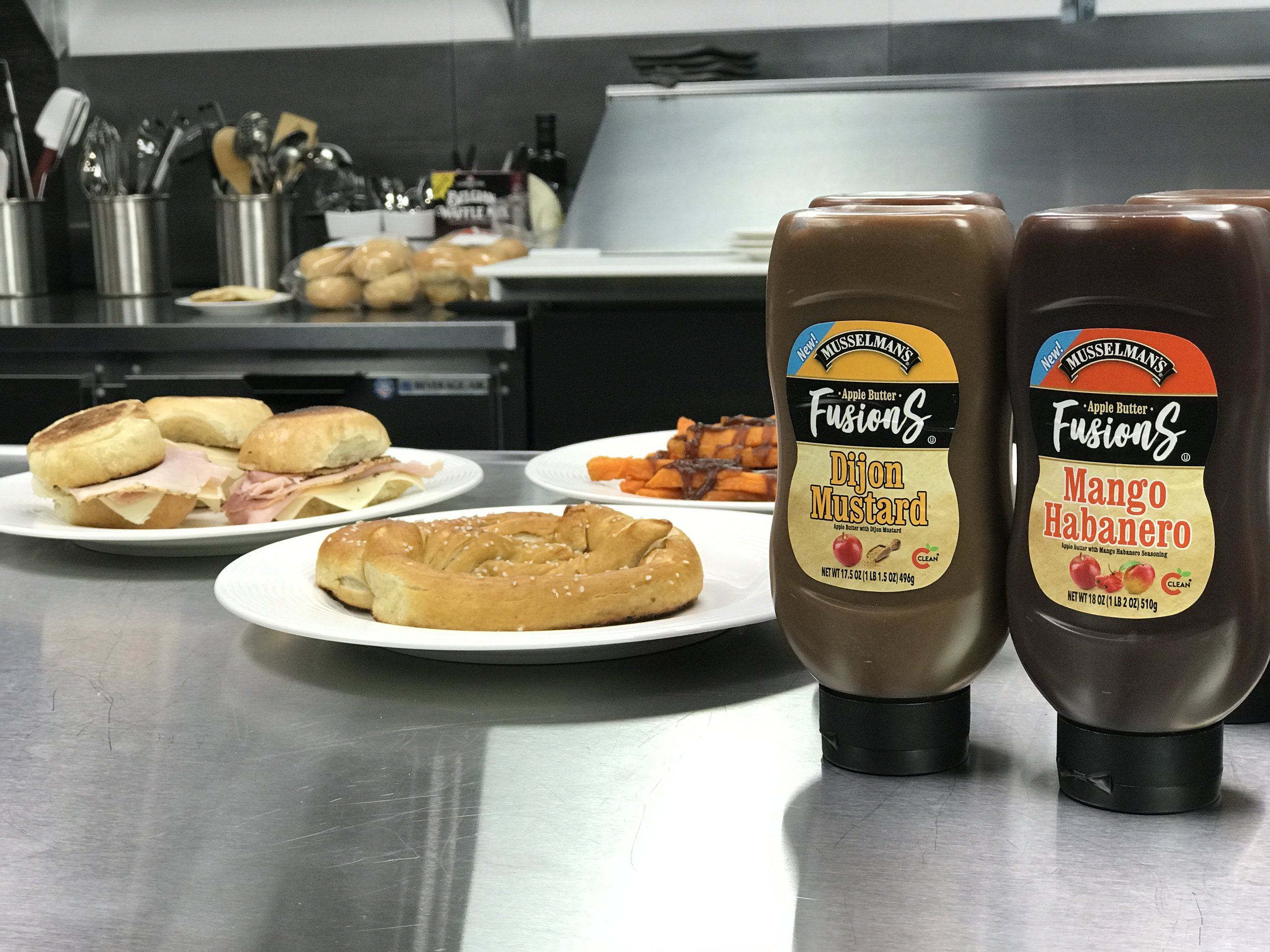 Musselman's Apple Butter Dijon Mustard and Mango Habanero Fusions |   Foodable Network